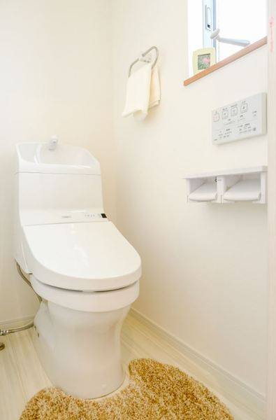 大分市関園中古住宅 未入居物件 トイレ