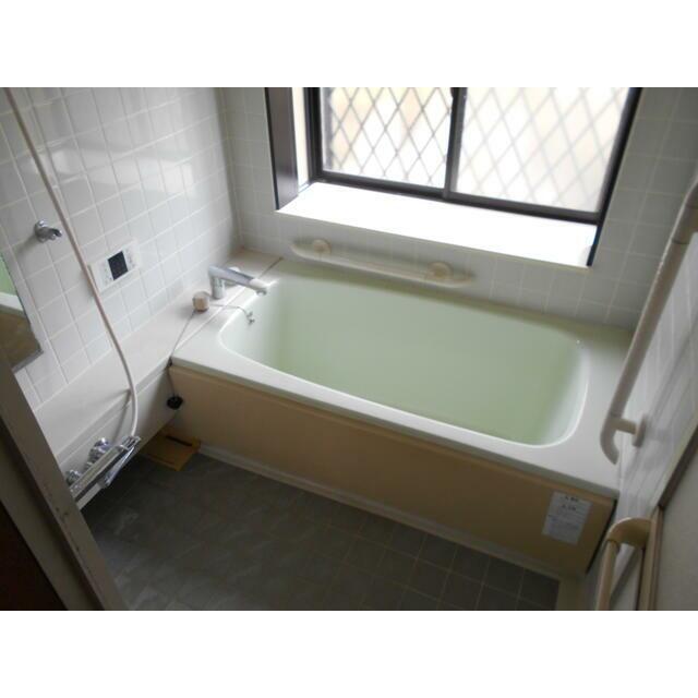 大分市高江中央 中古住宅 バスルーム