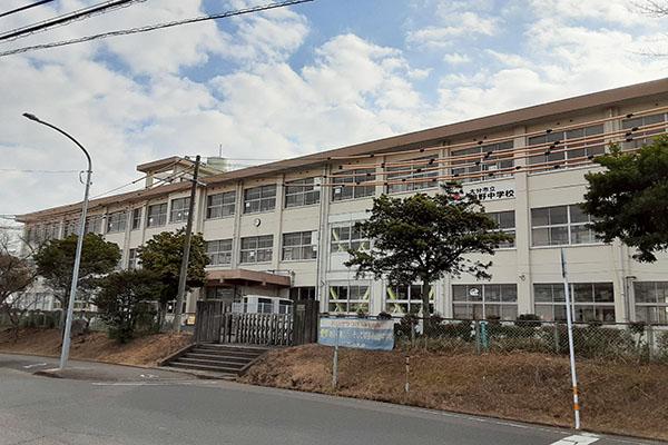 大分市大字小池原 新築建売 周辺地域 明野中学校 校舎2