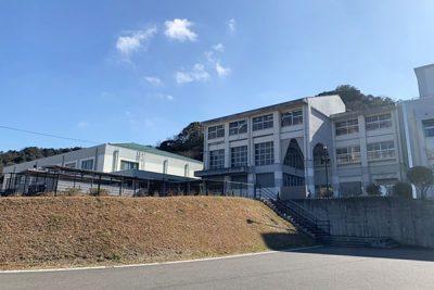 大分市立神埼小中学校