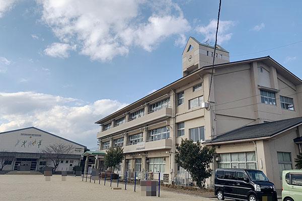 大分市関園 中古住宅 周辺情報 大分市立高田小学校 校舎