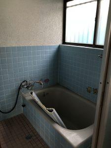 大分市竹の上 中古住宅 浴室