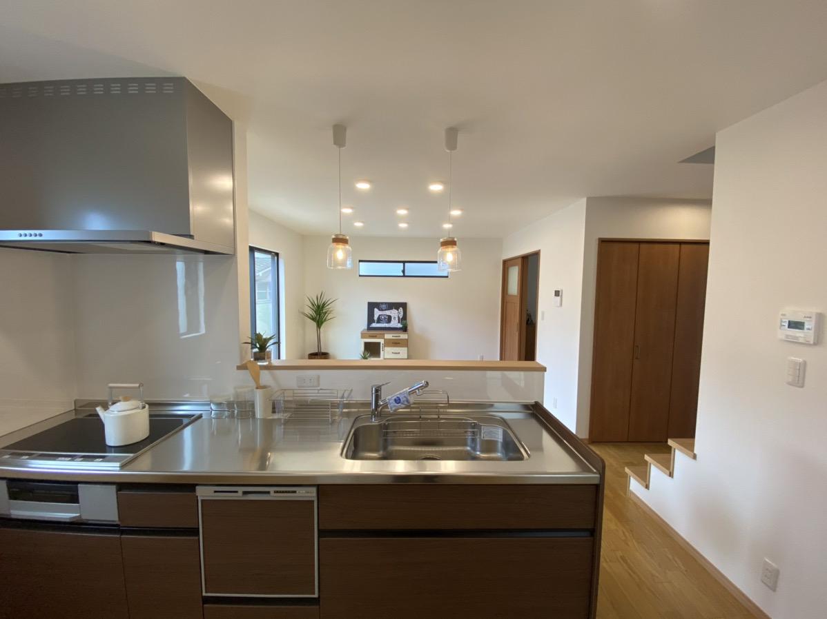大分市片島新築物件「SAKAIの家」キッチン|大分不動産情報サービス
