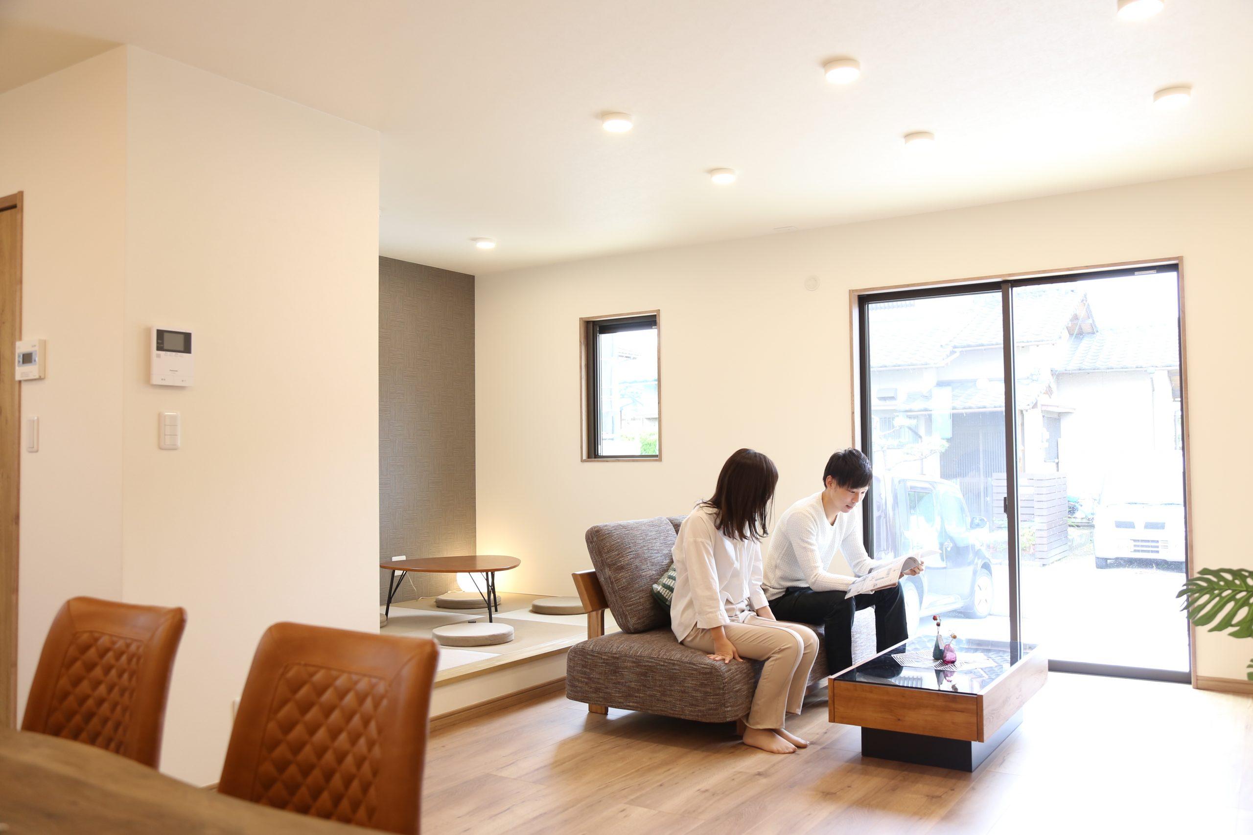 大分市緑が丘にある新築SAKAIの家リビングの写真