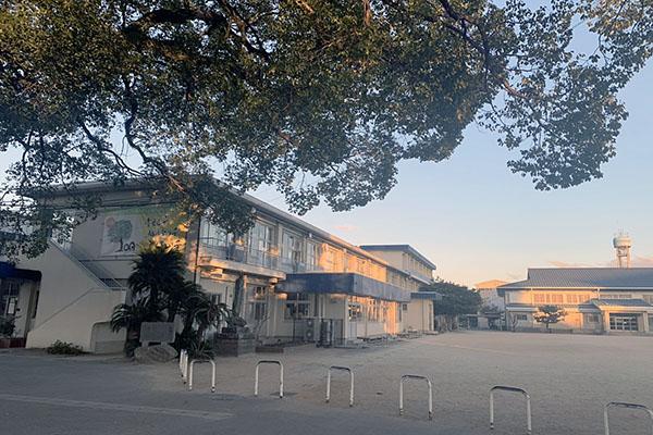 大分市横尾東中古住宅 周辺環境 明治小学校